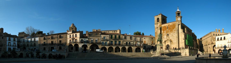 Pano_Plaza_Mayor_de_Trujillo