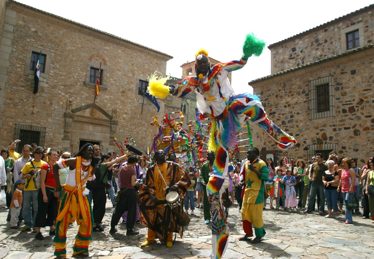 Pasacalles Womad Cáceres