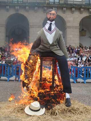 Quema del Pelele - Carnaval Cáceres